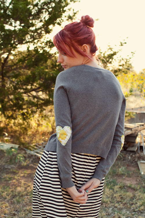 heartelbowsweater